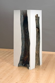Baum 1-3, 2013, Papierabguss, Holz, Ölfarbe, Acryl, 150 x 55 x 5 5 cm